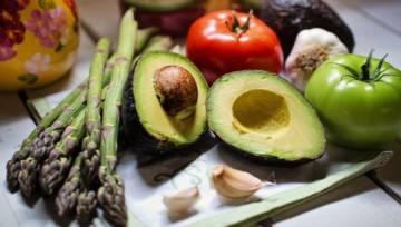 Dieta antysmogowa – co jeść, by wymieść toksyny z organizmu?
