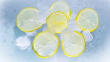 Mrożona cytryna pomaga schudnąć i działa antynowotworowo! To jednak nie wszystko…