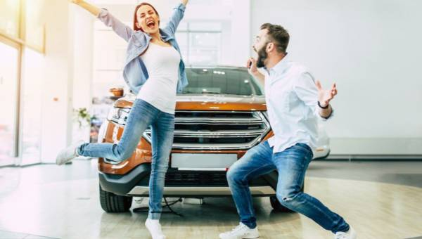 Chcesz szybko i sprawnie kupić używane auto? Sprawdź, o czym musisz pamiętać!