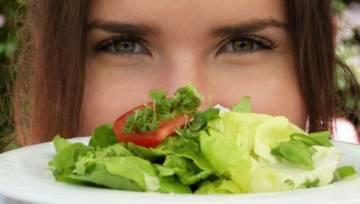 Peganizm – czyli połączenie diety wegetariańskiej i paleo. Jak działa?