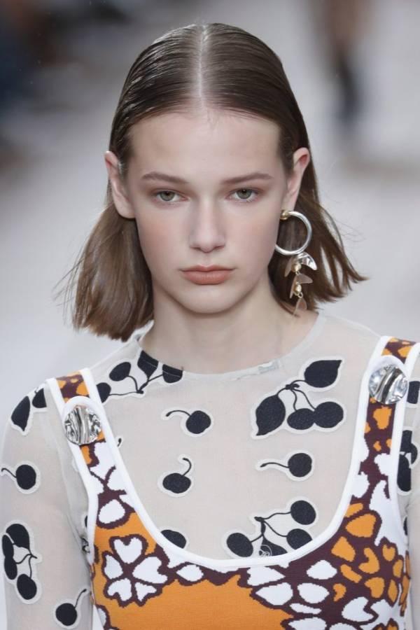 Krótkie Fryzury Na Wiosnę 2019 Zdjęcia Z Pokazów Mody