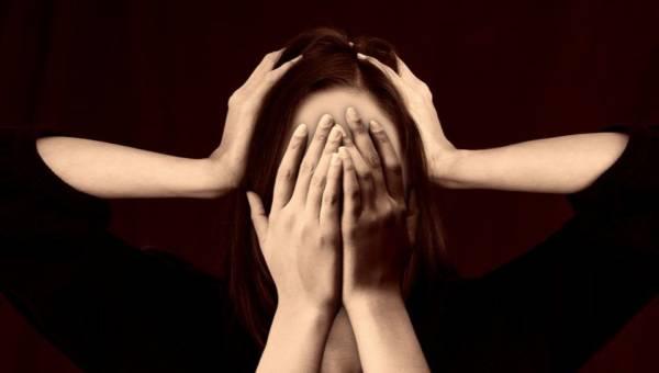 Najlepsze domowe sposoby na migrenę. Mamy dla was 10 wskazówek!