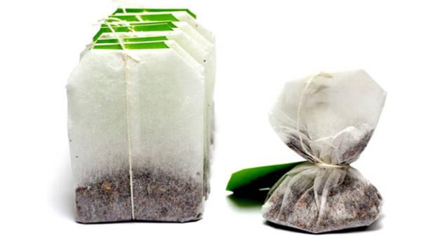 Jak wykorzystać torebki po zielonej herbacie? 5 pomysłów na użycie ich w domowym spa!