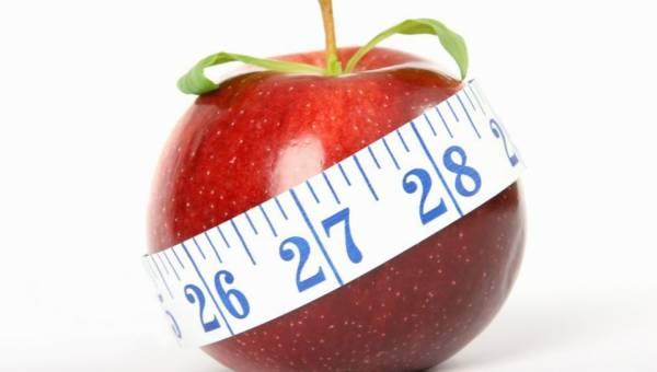 Jak zrzucić gruby brzuch? Może się okazać, że przeszkodą jest… twoje zdrowie. Przedstawiamy 6 chorób, które są wrogiem odchudzania