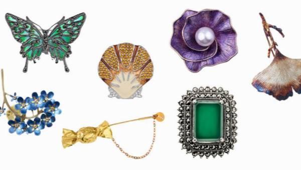 Trend sezonu: modne broszki, które ożywią każdą stylizację! Noś je na bluzkach, szalach i w klapach marynarek!