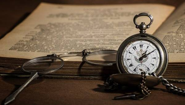 Biżuteria ze starych zegarków kieszonkowych Gregory'ego Grozosa – magia, która zatrzymuje czas
