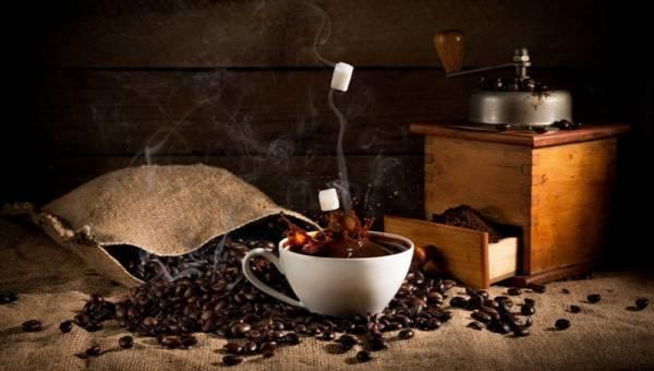 Ciekawostki dla kawoszy – czyli historia ekspresu do kawy