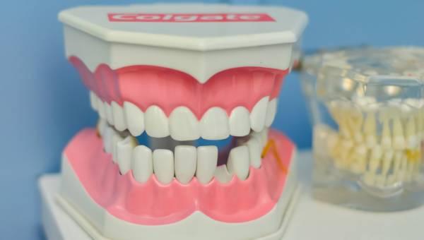 Nowa estetyka zębów – jak to osiągnąć?