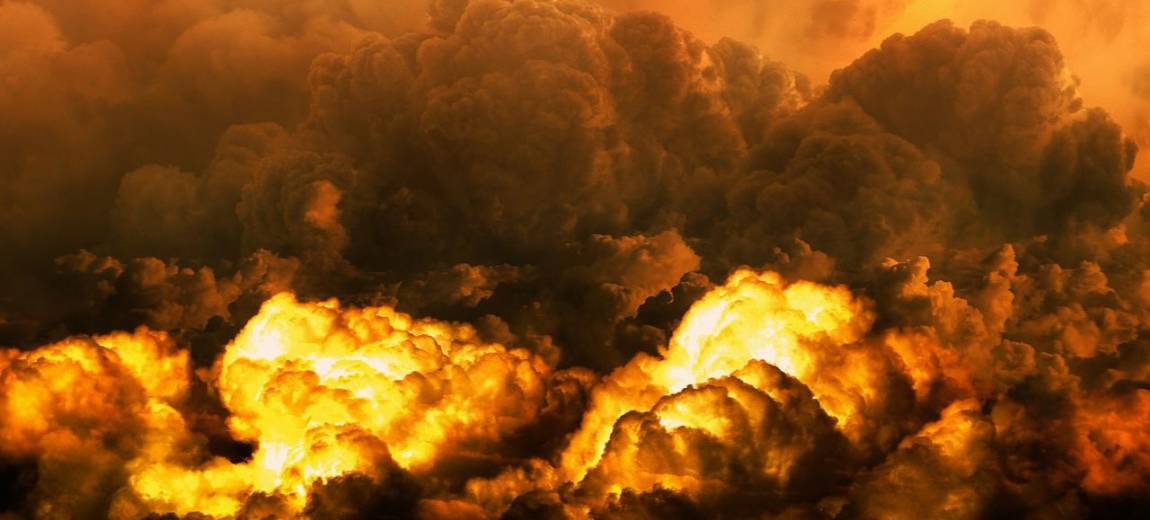 """Seriale i filmy katastroficzne. Sprawdź, co zobaczyć oprócz """"Czarnobyla"""". Nasz TOP 8"""