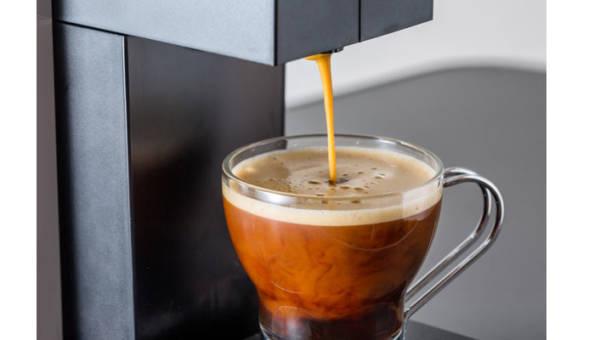 Delikatność ukryta pod pianką – wykorzystaj ekspres kapsułkowy, aby przygotować idealne cappuccino!