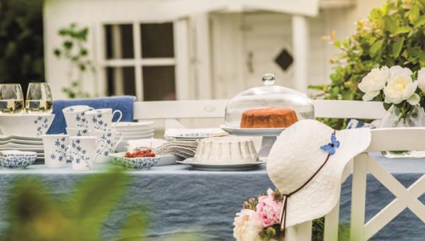 Lato na porcelanie – muśnięcie morskiej bryzy i błękitnego nieba to największy trend na zastawach stołowych