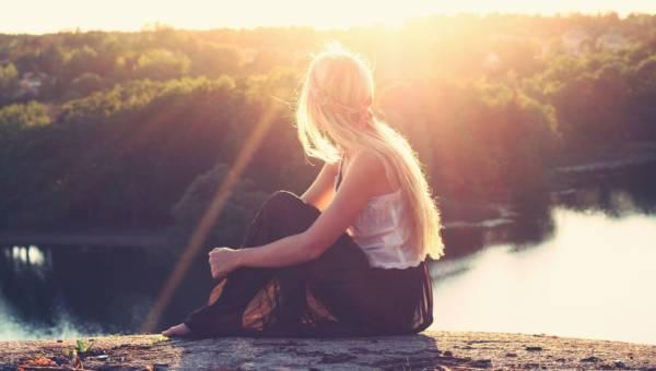 Krem przeciwsłoneczny jest niezbędny w twojej kosmetyczce, a zwłaszcza teraz. Dlaczego? Wyjaśnia Magdalena Kaźmierczak – ekspert marki Nimue