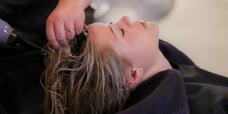 balsamowanie włosów