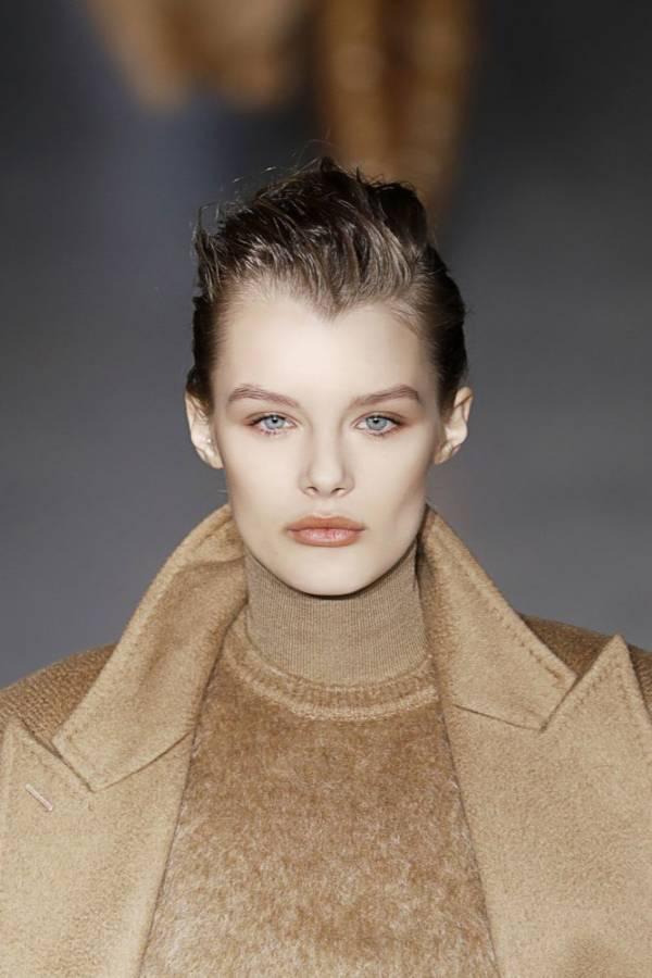 krótka fryzura włosy na żel - modne fryzury jesień zima 2019 - 2020