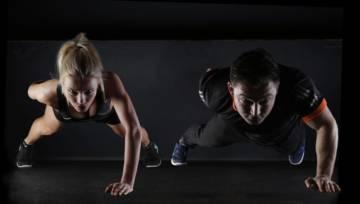 Trening dla par to doskonały pomysł na zabawę we dwójkę. Odnajdźcie w sporcie wspólną pasję