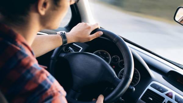 Czy warto inwestować w wypożyczenie samochodu?