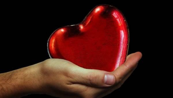 Okaż Ciepłe Serce w najmroźniejsze dni zimy! Wesprzyj akcję szycia kurtko-śpiworów dla bezdomnych prowadzoną przez VOLCANO i Fundację Skarbowości Jana Pawła II!