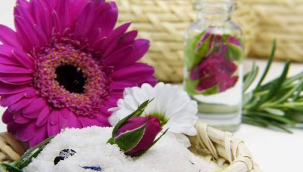 Jak zrobić  dezodorant w domu – 4 przepisy na naturalny kosmetyk