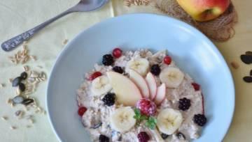 Dieta owsiankowa – na czym polega modna dieta, po którą sięga teraz wiele internautek?