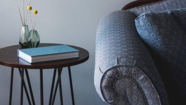 Domowe sposoby pielęgnacji mebli – 12 trików, które utrzymają Twoje sprzęty w czystości