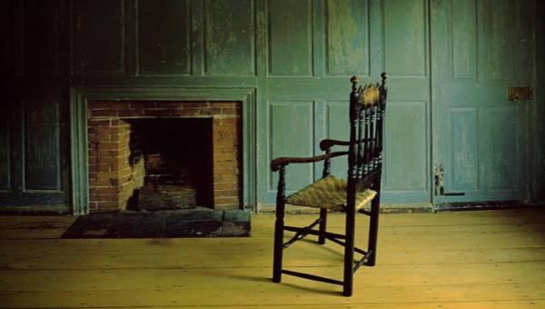DIY: jak wykorzystać stare krzesło. Garść inspiracji, które odmienią Twoje wnętrze