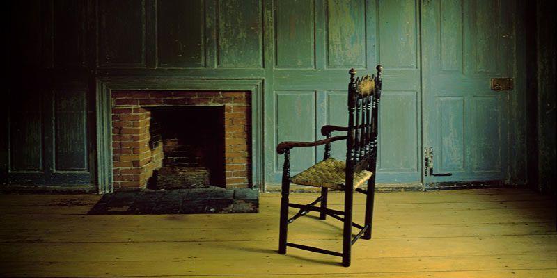 DIY: jak wykorzystać stare krzesło