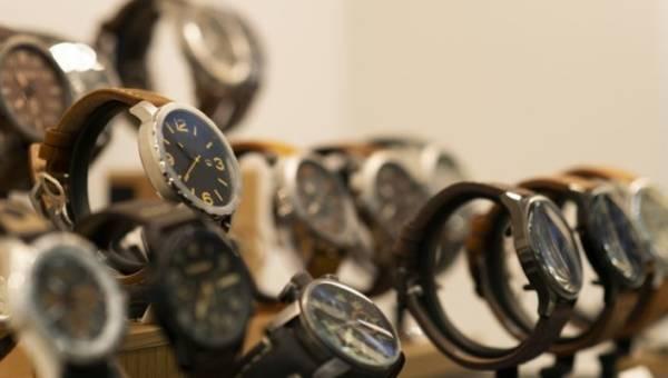 Wyjątkowe zegarki na prezent