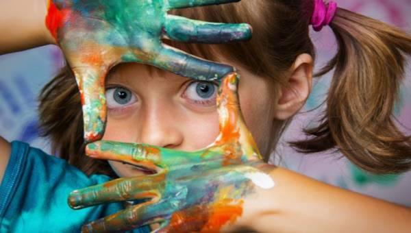 Jak rozbudzić w dziecku artystę?