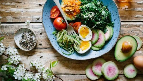 Dieta MIND – sposób żywienia, który wzmocni twój układ nerwowy i ochroni przed chorobą Alzheimera