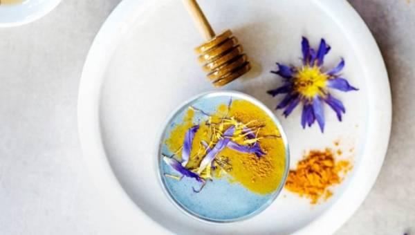 Blue majik, czyli niebieska spirulina – alga, dzięki której przygotujesz oryginalnie, niebieskie dania, a do tego niezwykle zdrowe