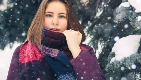 Choroby skóry zimą – czynniki, które zagrażają naszej skórze oraz sposoby radzenia sobie z nimi