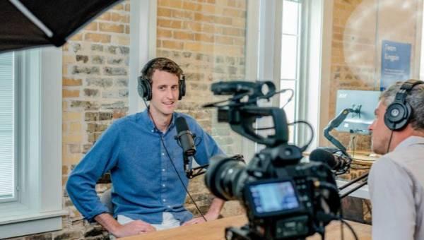 Wirtualne studio – sposób na własny program w Internecie