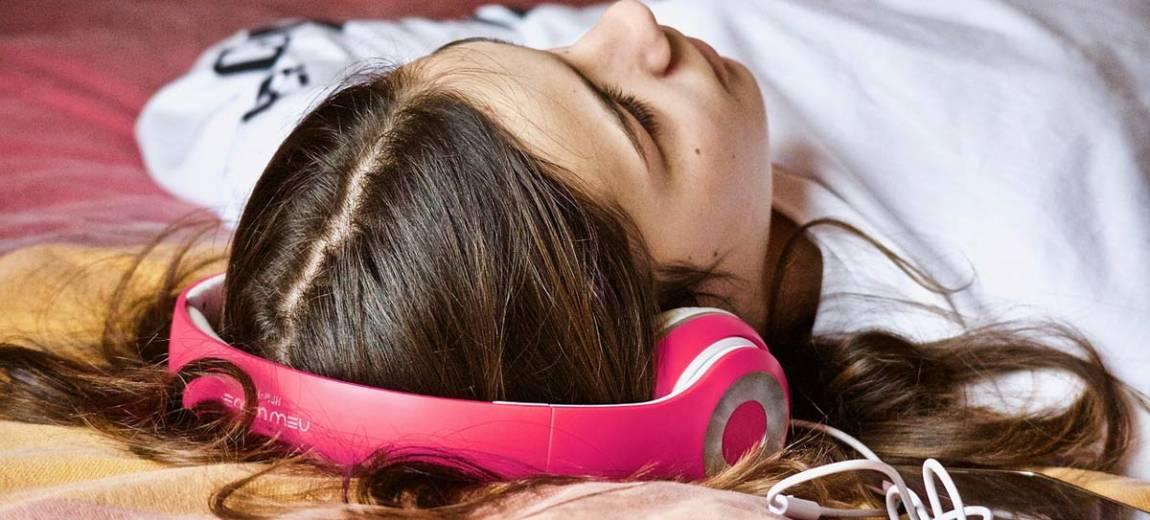 Sposoby na bezsenność – naturalne i alternatywne metody na pokonanie zaburzeń snu