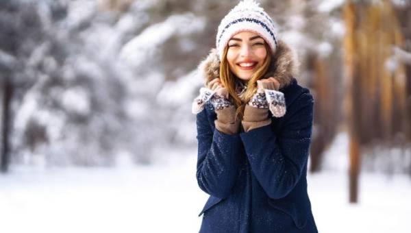 Modne kurtki znanych marek – wybierz idealną stylizację na zimę!