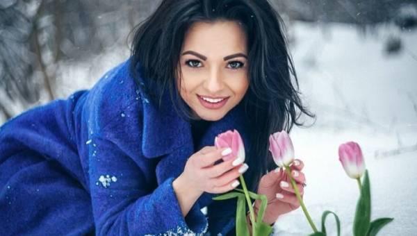 Typ urody zima – poznaj paletę barw dzięki której wydobędziesz swoje naturalne piękno