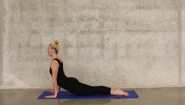 Jak zgubić brzuch po ciąży – 5 najlepszych ćwiczeń na powrót do dawnej figury