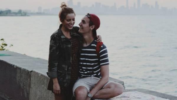 Co mężczyźni uwielbiają w kobietach? 8 cech, które ich przyciągają
