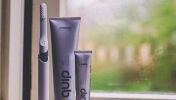 Najlepsza czarna pasta do zębów – ranking niezawodnych kosmetyków, którymi skutecznie wybielisz zęby
