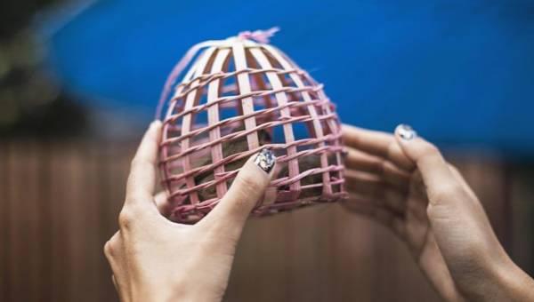 Paznokcie w ptaki – wzorki z flamingami, jaskółkami i wędrownym ptactwem to nowy, gorący trend na Instagramie!