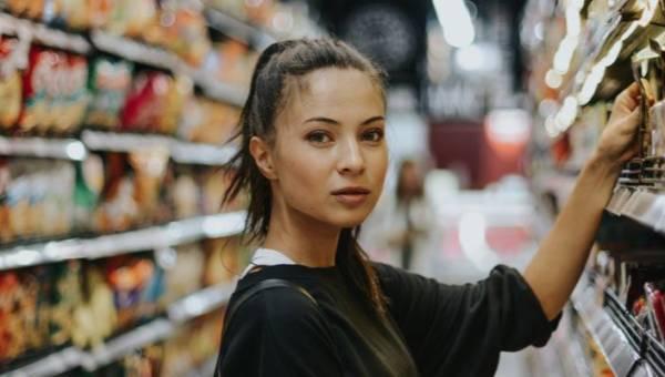 Jak bezpiecznie robić zakupy w czasie epidemii? 8 najważniejszych zasad