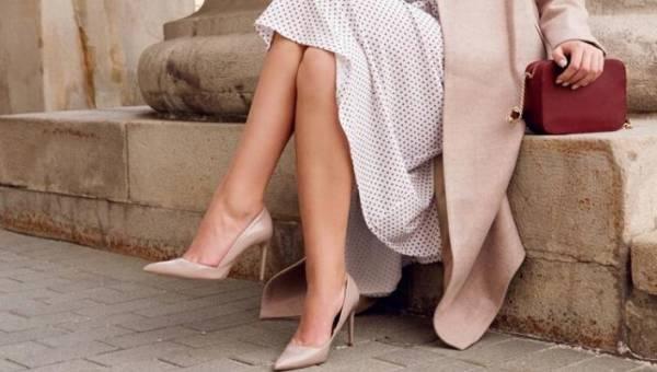Jak dobrać sukienkę do butów?