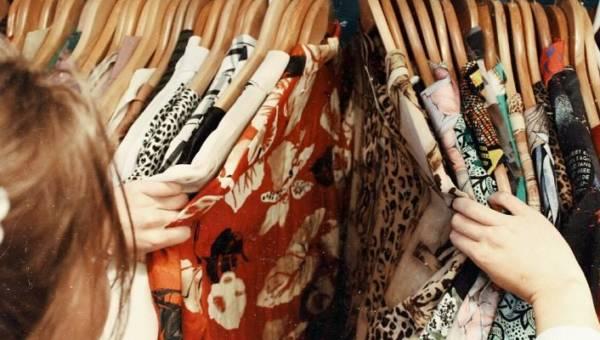 Internetowe second handy. Zobacz, gdzie kupisz używane ubrania nie wychodząc z domu