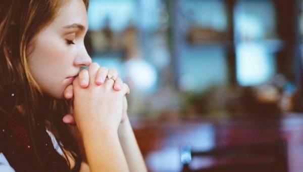 Jak nie panikować, kiedy niepokój się potęguje? Co zrobić, gdy strach szerzy się wśród społeczeństwa? Poznaj kilka uniwersalnych porad!