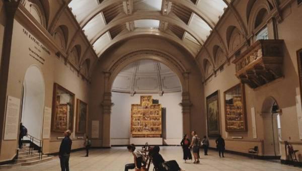 Kolekcje sztuki online – największe muzea zapraszają na wirtualny spacer! Zobacz światowe arcydzieła nie wychodząc z domu