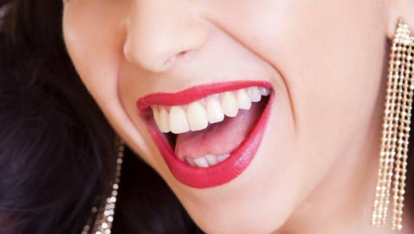 Dlaczego warto dbać o zdrowy uśmiech?