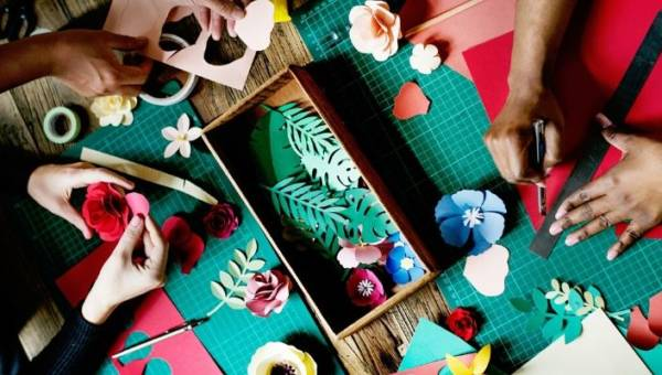 Co można zrobić z papierowych talerzy – kreatywne pomysły na wspólną zabawę z dzieckiem