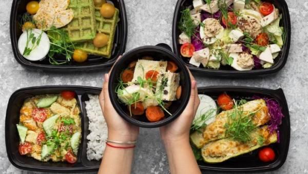 Regularne posiłki – jedz tyle, ile chcesz i kiedy chcesz!
