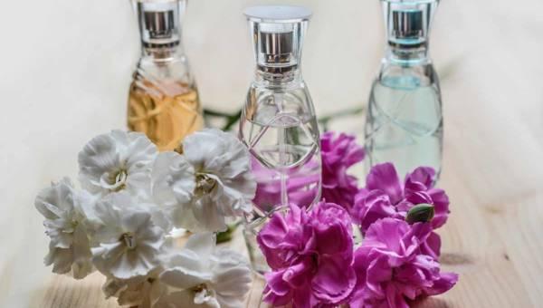Perfumy niszowe damskie – propozycje na lato